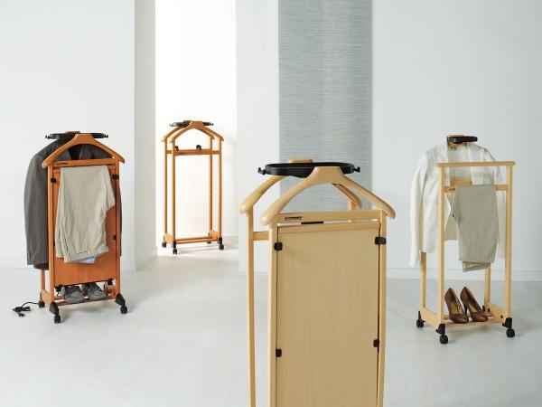 Итальянская деревянная вешалка для одежды Линдоссаторе от Foppapedretti