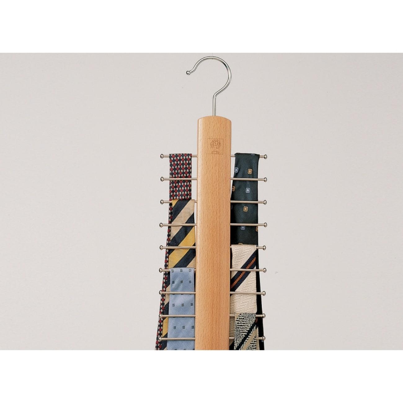 Итальянская деревянная вешалка для одежды Амели от Foppapedretti